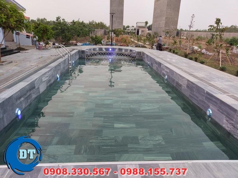 Vận hành thiết bị hồ bơi và đưa vào sử dụng