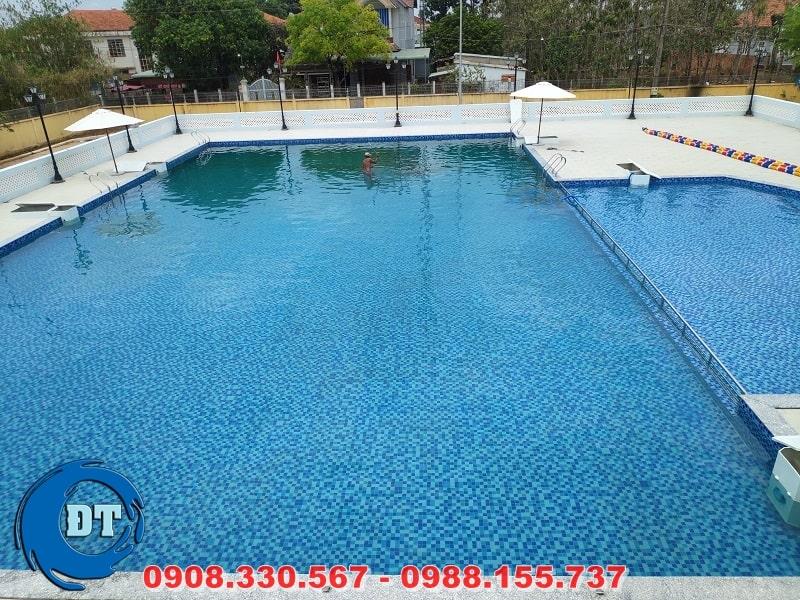 Hồ bơi sau khi xử lý nước